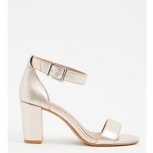 NWT Torrid Rose Gold Ankle Strap Chunky Heels
